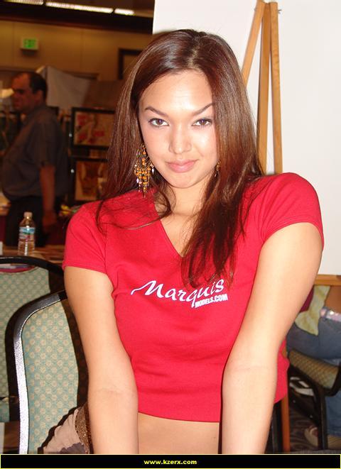 Valentina Vaughn Nude Photos 39