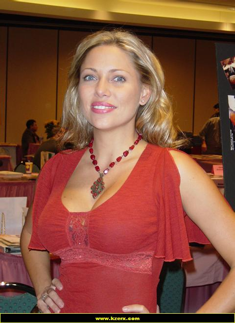 Roxanne Galla Nude Photos 30